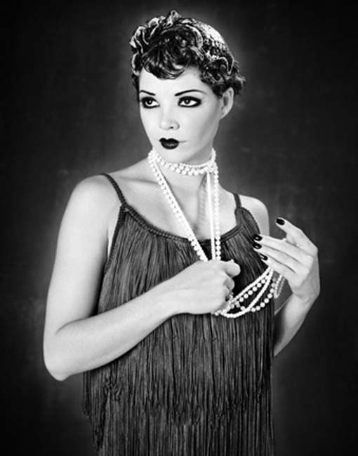 Costume Ideas For A Roaring 20 S Flapper Party Shot In