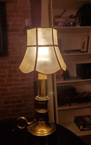 speakcheasy tiffany lamp speakeasy